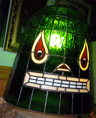 Custom made stained glass shade- La Luz de Germs, VPAM - 09/10/2014-12/07/2013